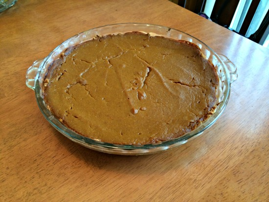 The pumpkin pie I baked today. Looks okay-ish... but I'm sure it will taste good!