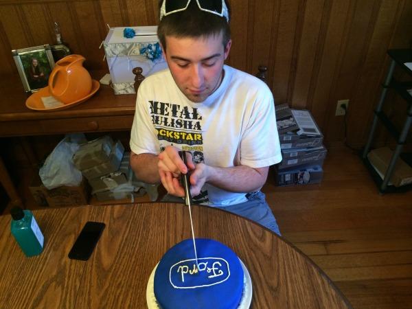 Ford Cake 10