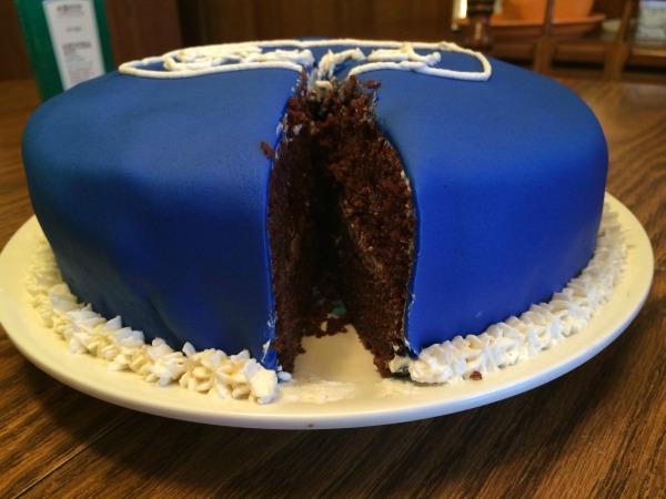 Ford Cake 11