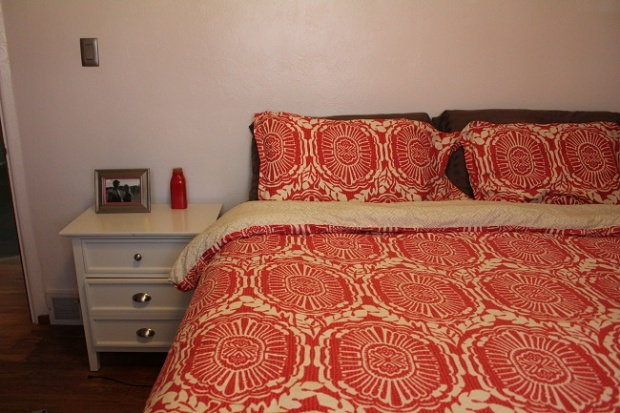 Red comforter