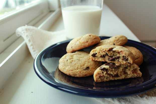 mint-dark-chocolate-chip-cookies