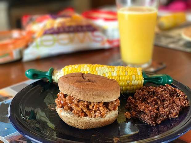 Sloppy Joe with corn on the cob and quinoa