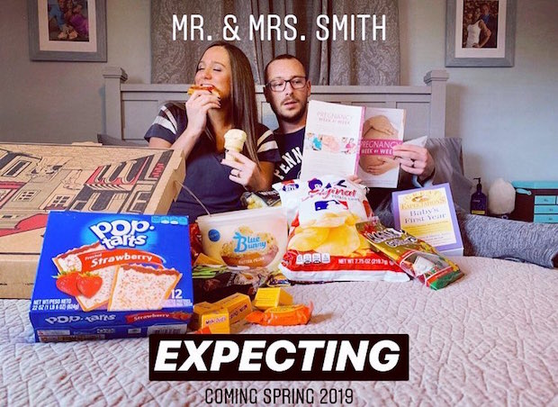 Pregnancy announcement picture