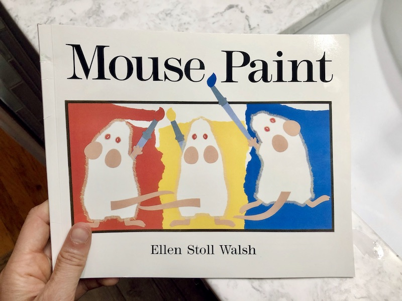 Mouse Paint book by Ellen Still Walsh to teach colors to children